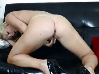 Cayla Lyons with tiny milk cans over and above hairless cum-hole cant live a day without dildoing her pussy