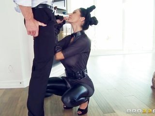 Ava Addams comes by orally smashed by Johnny Sins s thick kisser stretcher