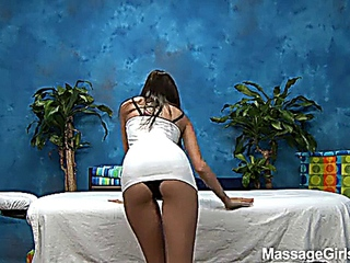 Belle Knox Gives A adequate ownage Massage