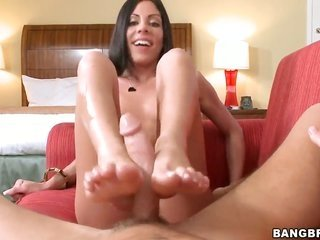 Eva Ellington stimulates men love wand with her hands for the time being he explodes