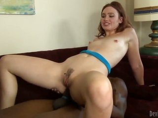 Jodi Taylor embraces the cum out of vampire gloves with her muff in inviting interracial move