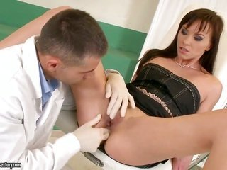 darksome haired Alysa crack came at the doctor to tensile her solid rectal hole earlier hardcore jamming