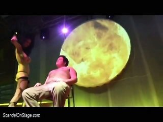 privat Lap Dance on employable stage