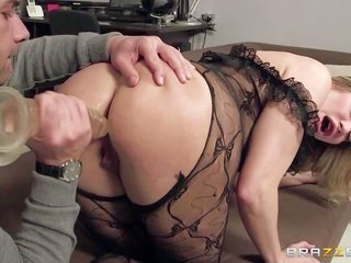 Anal genial milf Vittoria Risi receives her well shaped during the whole of booty seriously used right in mammilla of the camera in this wild action.