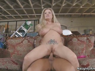 Rocco Reed makes his vertical sex dupe leave in unbelievably mouth-watering Rachel worships cunt
