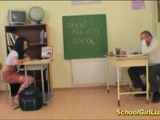 Hardcore with recalcitrant schoolgirl