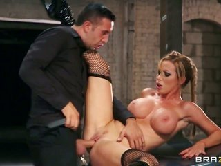 smooth-faced dude Keiran Lee slams busty Nikki Benz from anything twists on his kind new car as long as her larger bazookas jiggle near to.