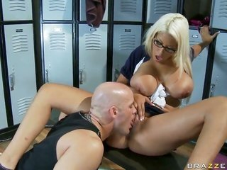dirty golden-haired copulationytie Bridgette B with monstrous lady likewise copulationy person enjoys in seducing Derrick go through in the locker roo