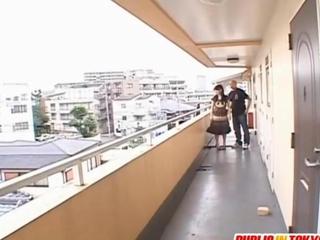 Mai gives deep throatfellatio on balcony
