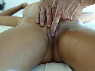 Anissa Kate gathers horny Massage