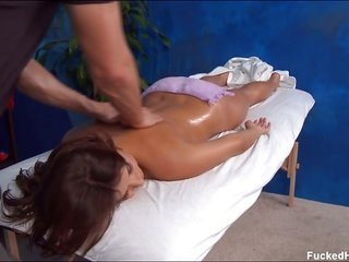 mouth-watering 18 year old catches hammered metallic by her massage therapist