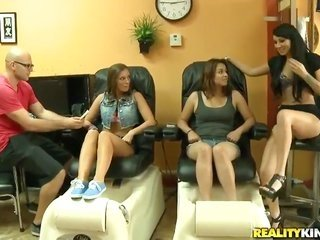 blonde has some impure screwing fantasias to be full in cumshot action